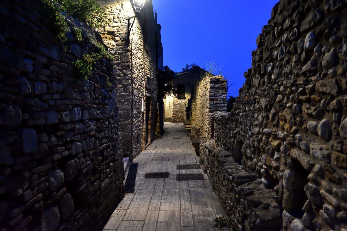Le mura medioevali di Rocca San Giovanni