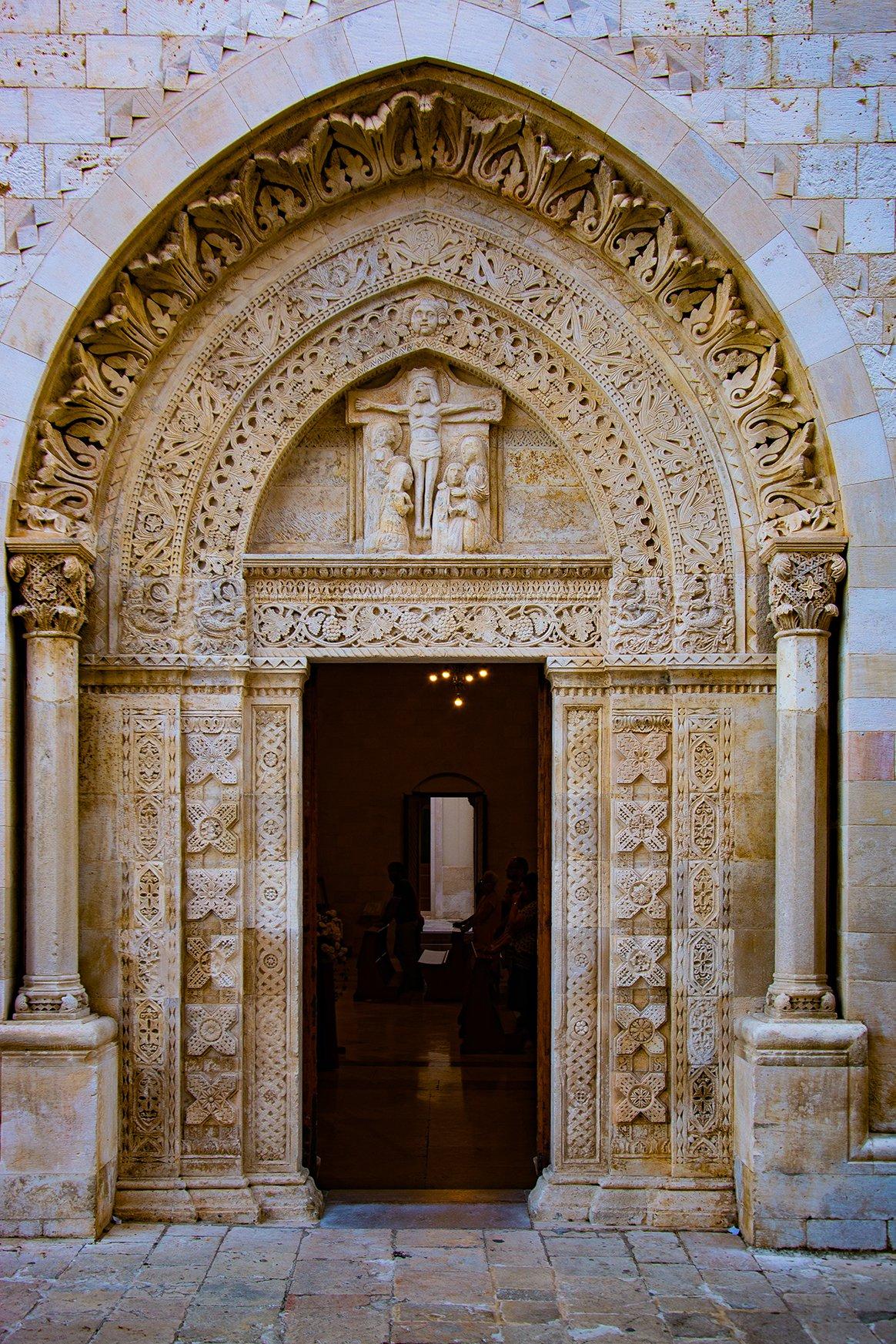 Portale Cattedrale Santa Maria Assunta Conversano