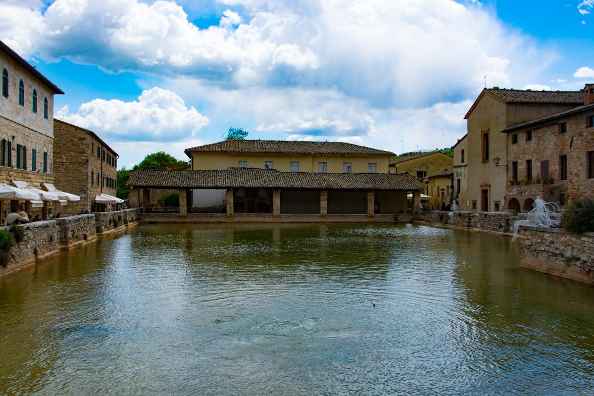 La vasca termale di Bagno Vignoni