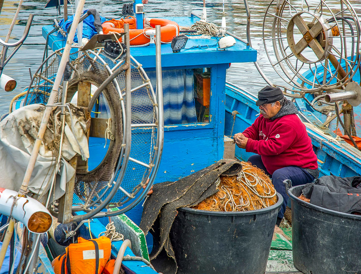Pescatori al porto di Pozzuoli