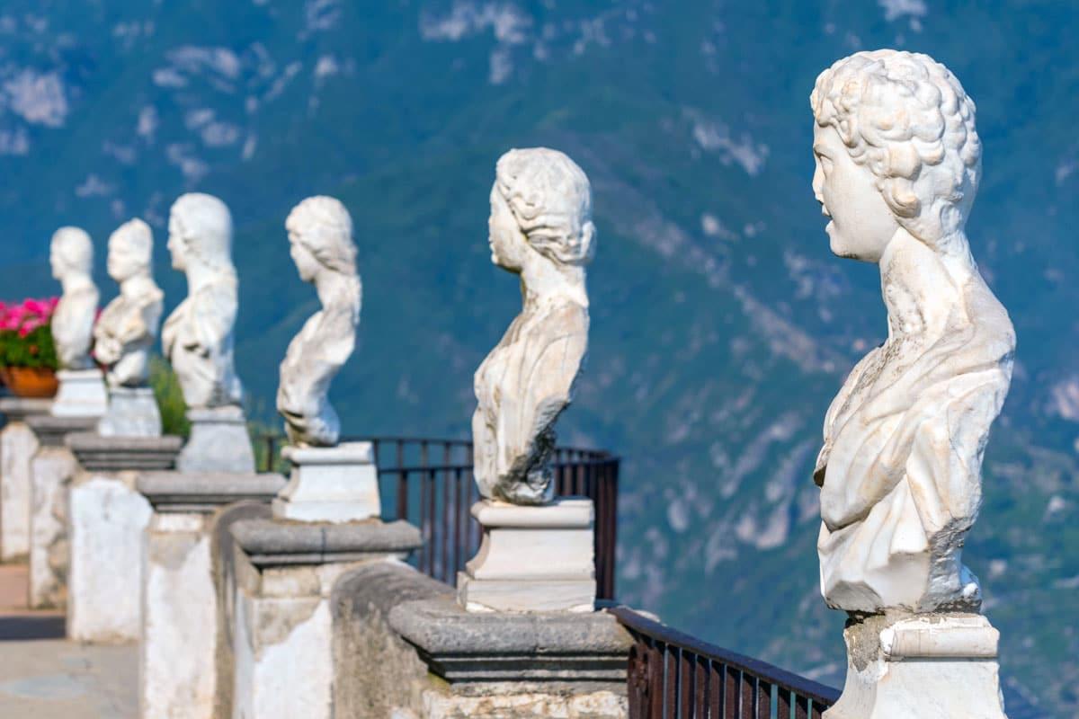 Busti Villa Cimbrone Ravello