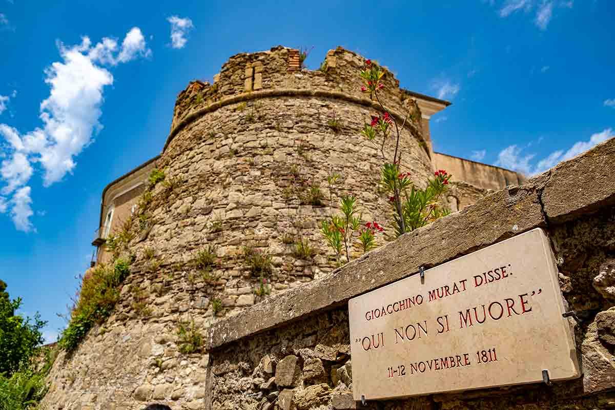 Castellabate, il paese dove non si muore
